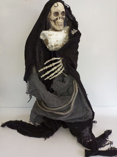 Picture of Big Skeleton Ghost